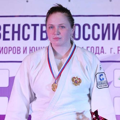 Анна Гущина
