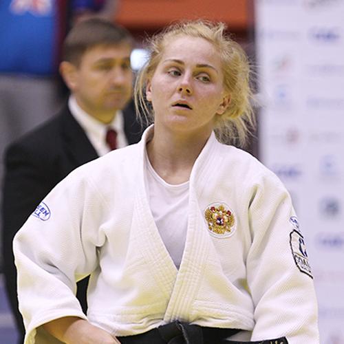 Юлия Казарина